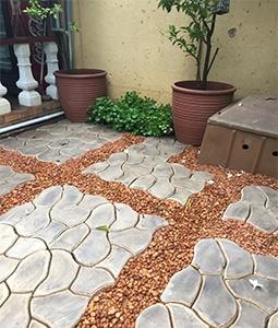 Paving patio driveway DIY moulds